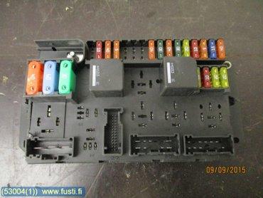 fuse box / electricity central - jaguar xj, 2011