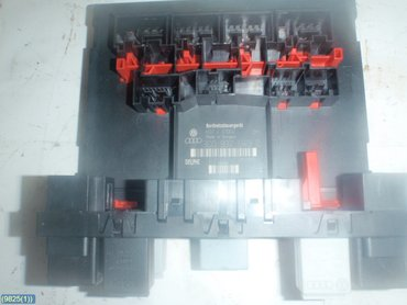 fuse box / electricity central - skoda octavia, 2006